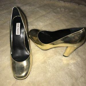 Steve Madden gold metallic chunky heels